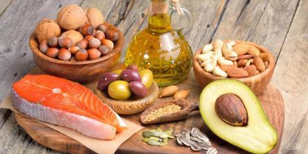 Ménopause : pourquoi le régime céto-alcalin est adapté