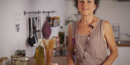 Christine Calvet : comment utiliser l'huile de coco au quotidien (crédit ©Yann Poilpré)