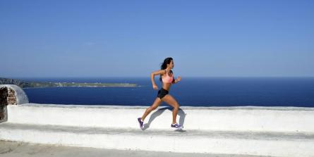 light feet running course à pied moins peiner grâce à la foulée