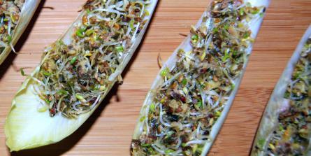 Tartare de sardines aux graines germées et aux algues