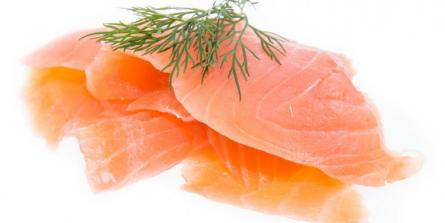 Blinis au saumon fumé sauce aneth