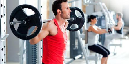 De la musculation pour limiter les douleurs et pathologies du sportif