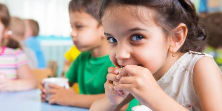 8 idées de petits déjeuners et goûters express pauvres en sucres