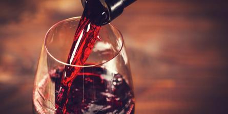 Vu du cœur, le vin est bien de l'alcool (et l'alcool est bon pour le cœur).