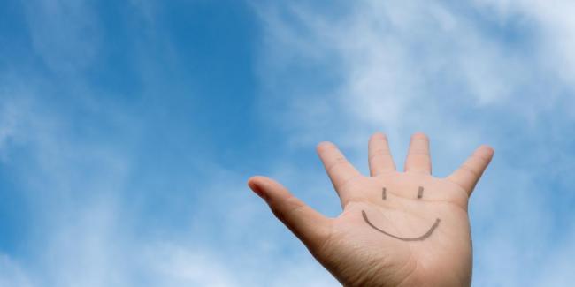 «Les TCC apprennent à penser ou agir différemment pour être heureux»